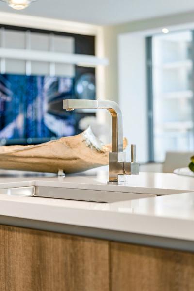 Deep basin farmhouse sink with quartz stone counter tops