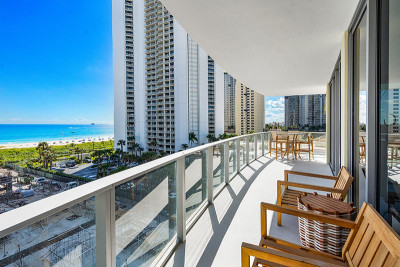 Oversized oceanfront terrace